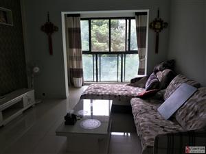 龙领半岛4楼精装修2套1家具家电齐全1300元/月