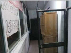 三中学区 3室2厅1卫