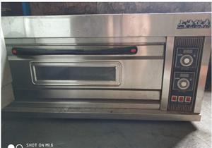 九成新烤箱出售,白菜价