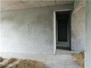 北岸・尚品电梯毛坯3室2厅2卫55.8万元