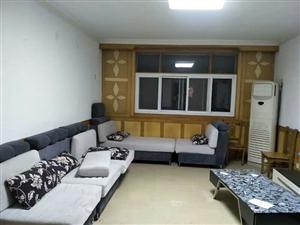 站前小区3室2厅1卫1300元/月