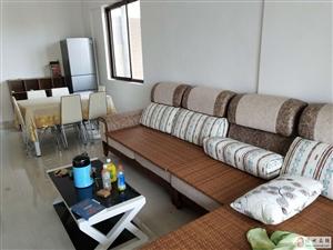 佳华小区2室2厅1卫1600元/月含物业费