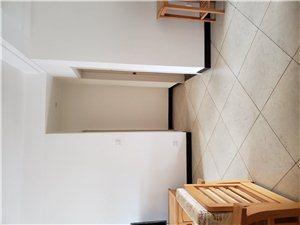急卖出国京博雅居86平2室2厅123万