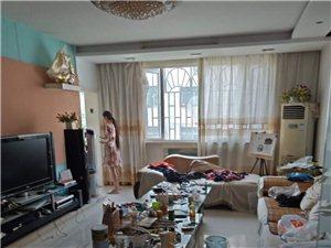 金太阳公寓4室2厅2卫85万元