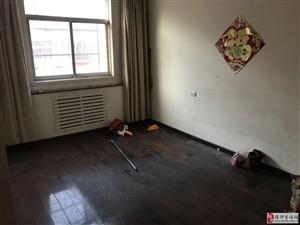金太阳公寓4室2厅2卫78万元