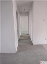 中南世纪城180平好楼层5室2厅2卫115万元