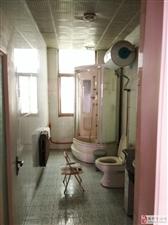 一品臻境对面4室2厅2卫60万元