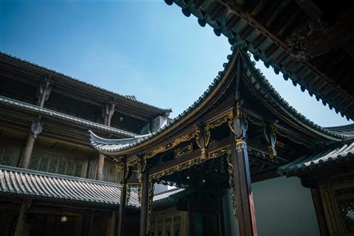 建水县璞轩和院酒店