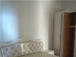 浣溪沙精装家具家电两个空调房子干净漂亮随时看房