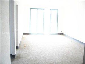 59.8万的电梯高层毛坯三房!送一间房的面积哦!