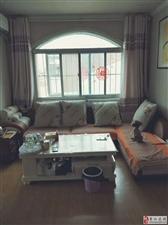 西关片西苑小区婚房装修三居室客厅带窗带小房39.8