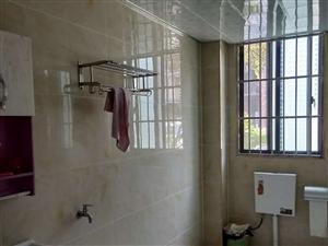 锦绣名城3室2厅2卫33.8万元