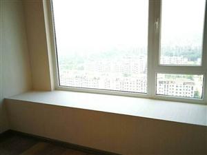 万达紫金湾3室2厅2卫190万元