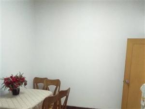祥和三街独家小院出售5室2厅2卫150万元