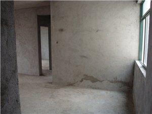 海虹家园2室1厅2卫70万元