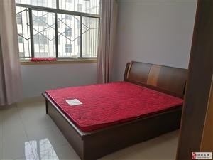 516阳光花园3室1厅1卫1400元/月