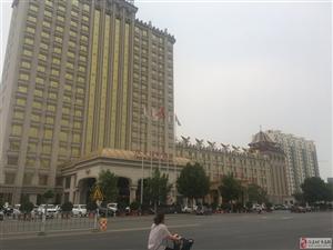 出售庆丰花园两室97平米,19层,裸房115万