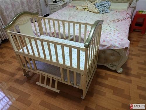 婴儿床,95新没用过,带被子,价格好商量