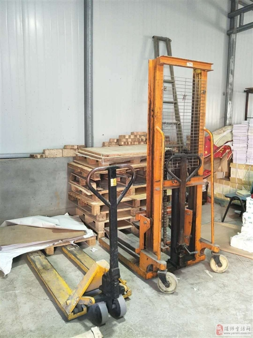 出售:手动起重装卸机