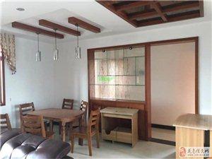 新世界3室2厅2卫家具家电全齐2600元/月