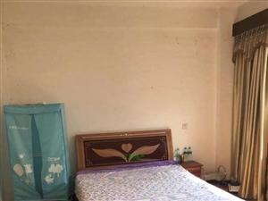 渥江明珠3室2厅1卫2200元/月