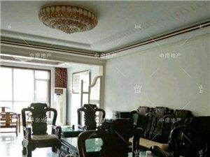怡和名士豪庭4室2厅2卫2500元/月