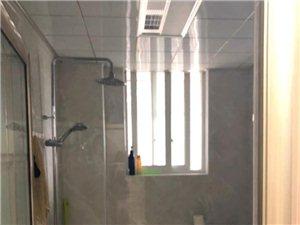 东园小区豪华装修3室2厅2卫3500元/月