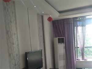 都市府邸精装家具家电3个空调随时看1375元/月