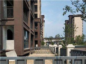 华夏城稀缺一楼带院现房出售