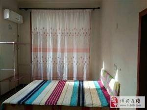 558东谷王1室0厅1卫400元/月