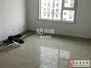 东兴花园2室1厅1卫800元/月+车库