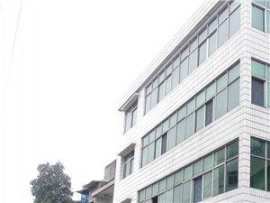 长阳县城四冲湾私房出售