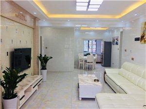龙湾一品精装3室2厅2卫拎包入住95.8万元