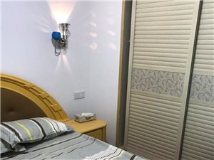 宝龙城市广场1室1厅1卫52万元