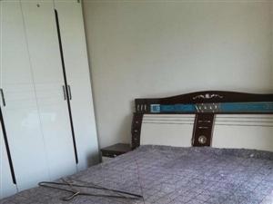 蜀人苑4楼4套2双卫中等装修家具家电齐全1300元