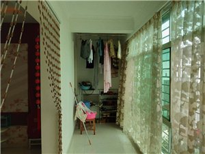 华景大公馆5室3厅2卫47.8万元