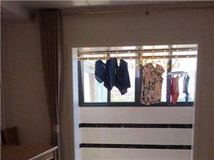 桐乐家园精装修拎包入5室2厅2卫1500元/月