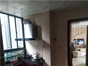 海滨假日2室1厅1卫60万元