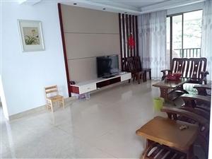 伊比亚河畔两房2200元/月房间保养很新