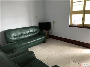 烟厂宿舍1室1厅1卫700元/月