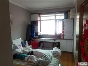 选家选万家金太阳公寓4室2厅2卫78万元