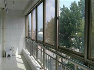 海岱北苑5楼121平带新装家具家电月租1200元