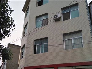 观城坡钢材门面招租130平米2500元/月
