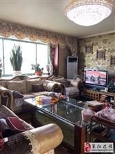 飞龙花园3室2厅2卫120万元