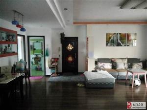 长阳銮凤苑4室2厅1卫52万元出售!