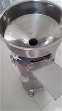 电蒸笼包子机一套,商用豆浆机一套,肠粉机一套