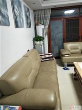 (老总推荐)龙泽居精装128平3房2厅90万元