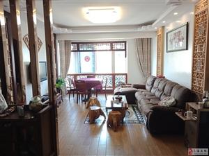 两梯四户,中式居家精装,带160平屋顶花园