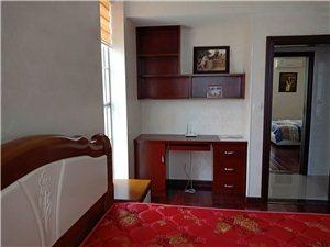 绿景现代城4室2厅2卫81.8万元
