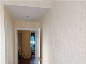 中南世纪城149平豪华装修4室2厅急售120万元
